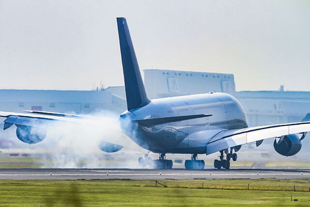Narita Airport :Transportation Options for Traveling into Tokyo